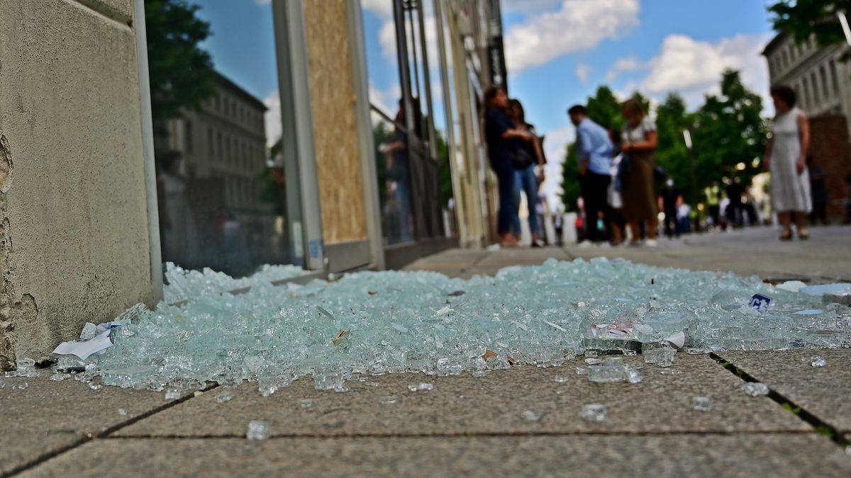 Schäden nach der Krawallnacht in Stuttgart vom 20. auf den 21.6.2020