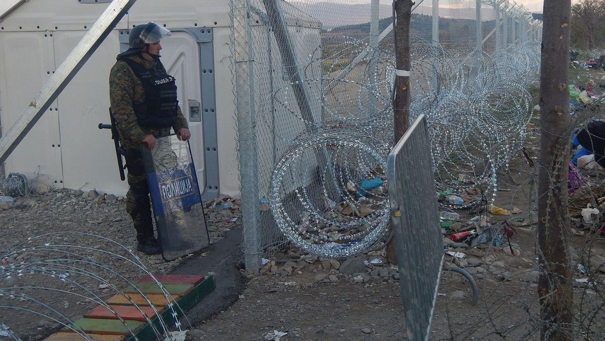 2. Dezember 2015, Grenze Nordmazedonien/Griechenland.
