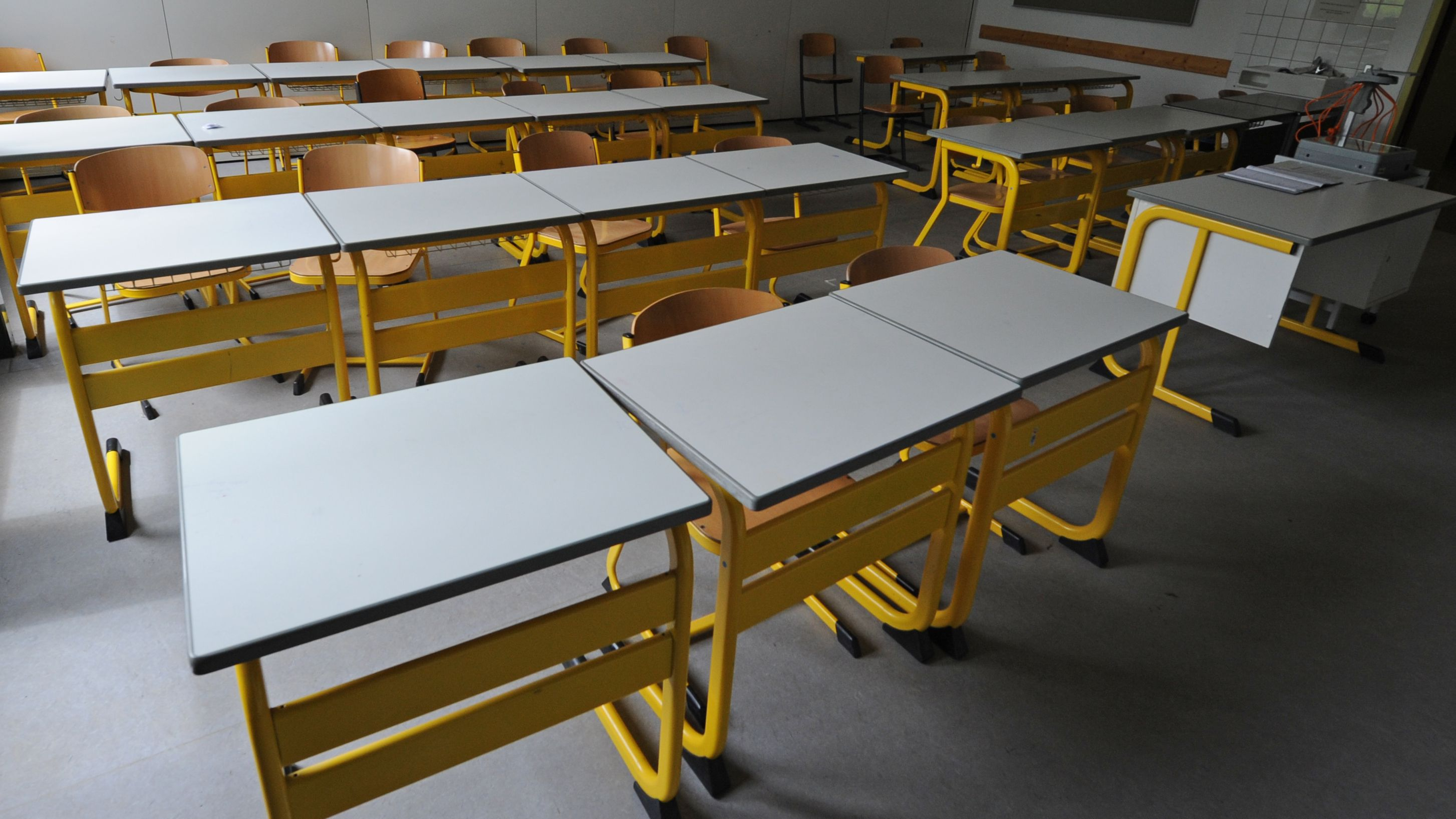 Leeres Klassenzimmer (Archivbild)
