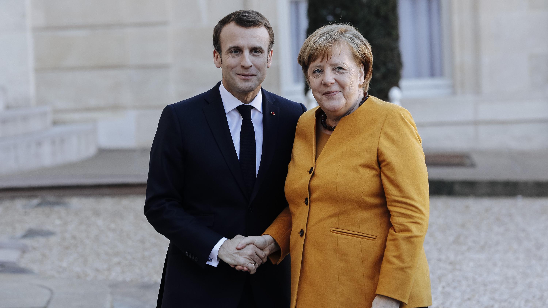 Macron und Merkel bei ihrem Treffen in Paris