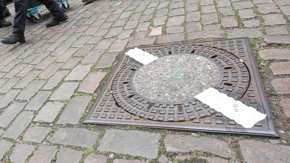 Versiegelter Kanaldeckel (Symbolbild)
