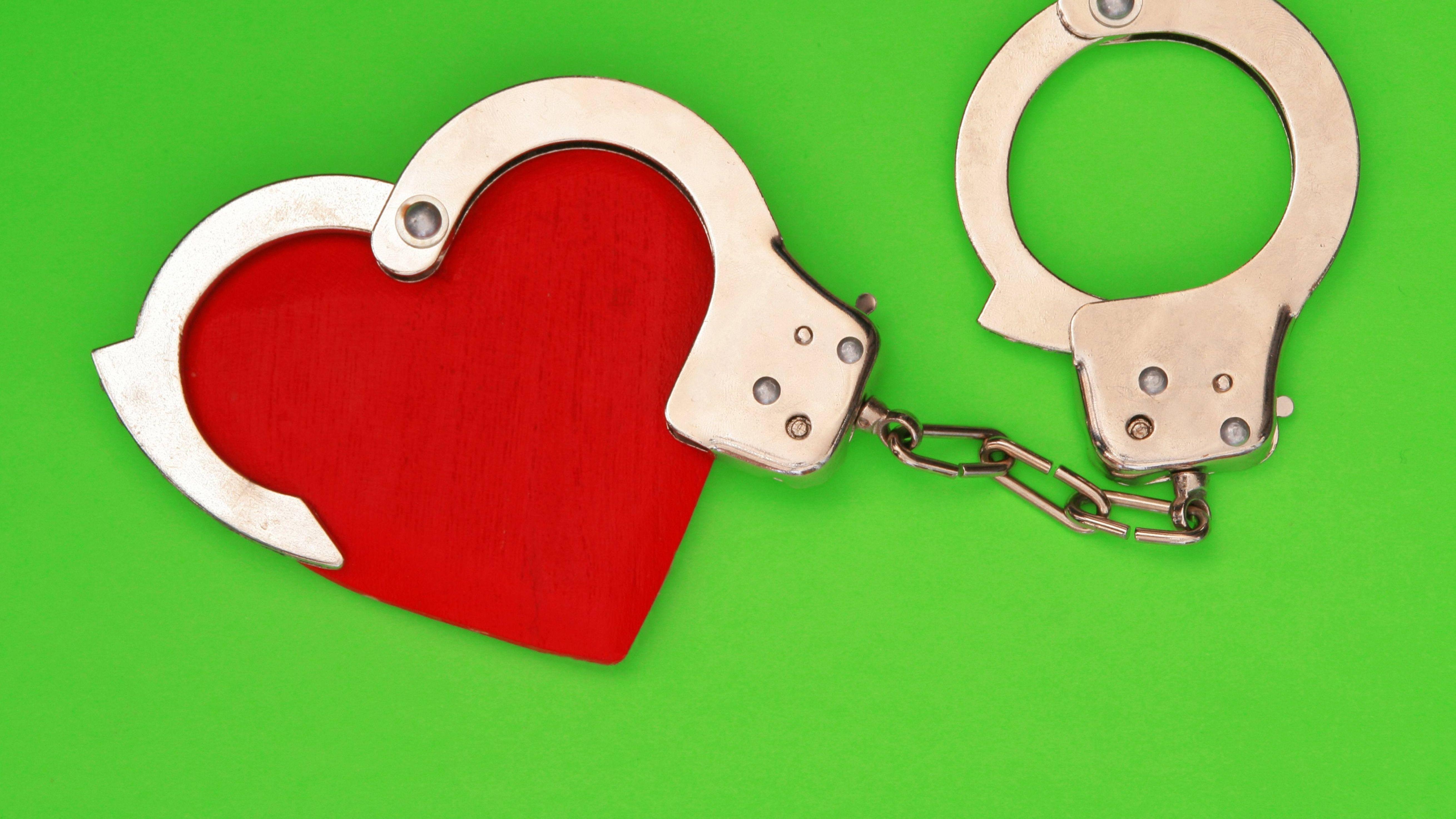 Eine Österreicherin hat sich in einen Münchner verliebt und ihm trotz gerichtlicher Kontaktverbote nachgestellt.
