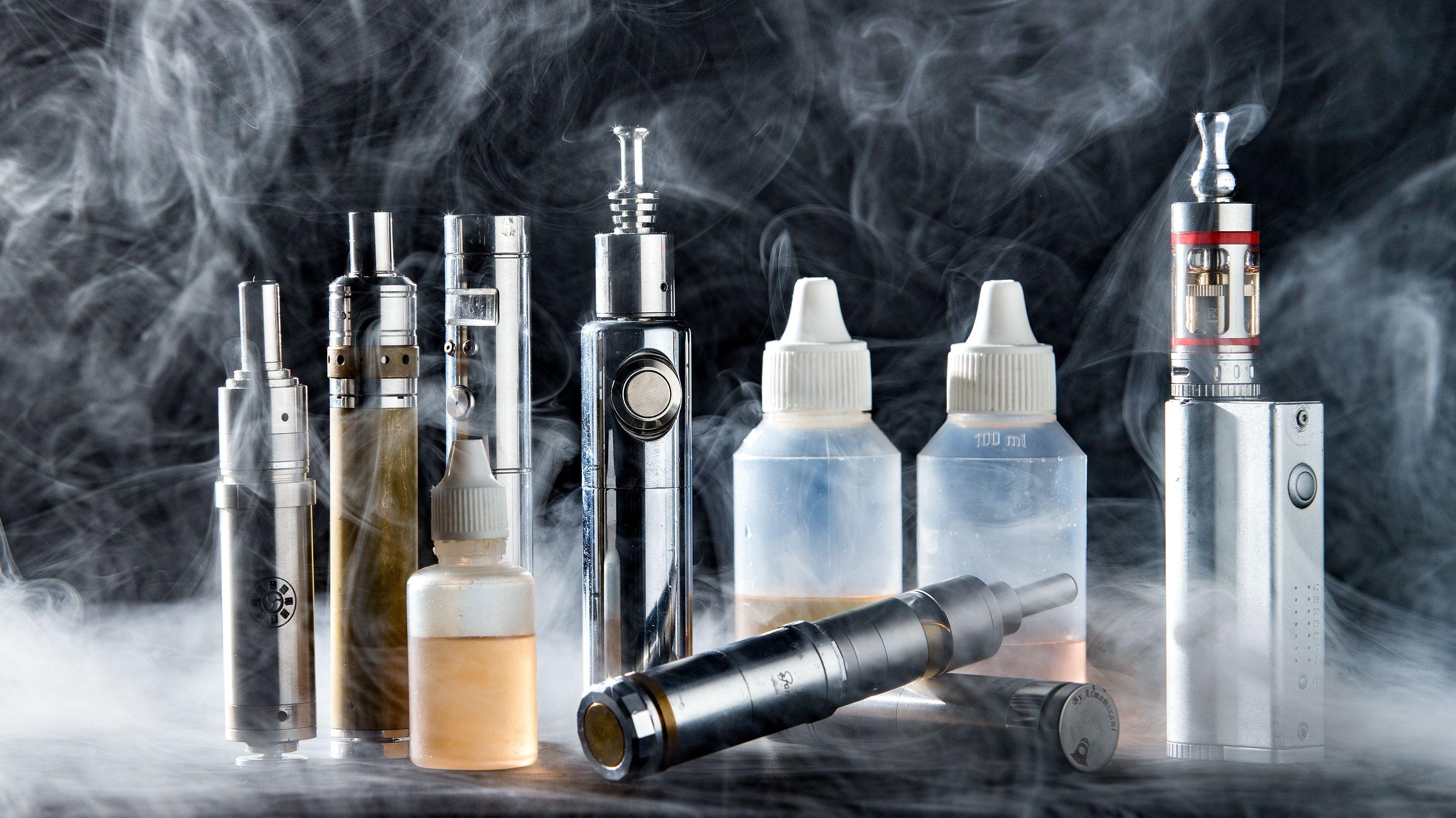 Ausrüstung für das Dampfen von E-Zigaretten