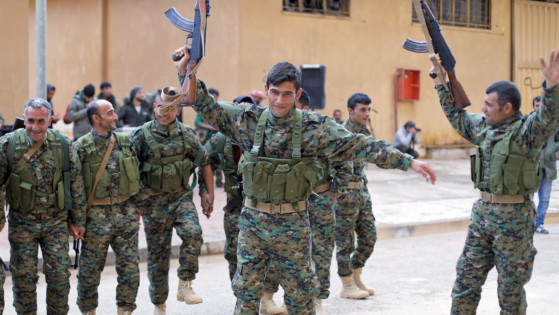 Kampfbereit: Mitglieder der Syrian Democratic Forces (SDF)