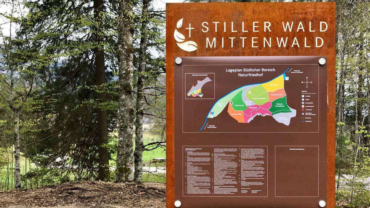 """Der """"Stille Wald"""" im Elmauer Tal ist 31 Hektar groß und in verschiedene Bereiche eingeteilt."""