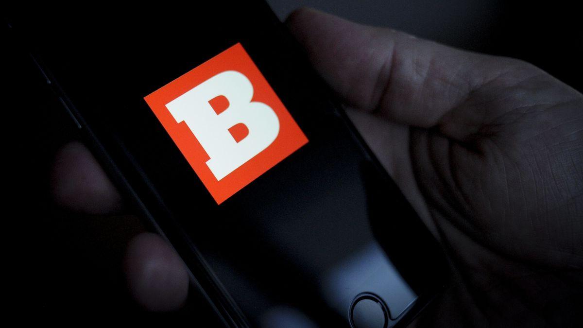 Das Logo von Breitbart News auf dem Bildschirm eines Smartphones
