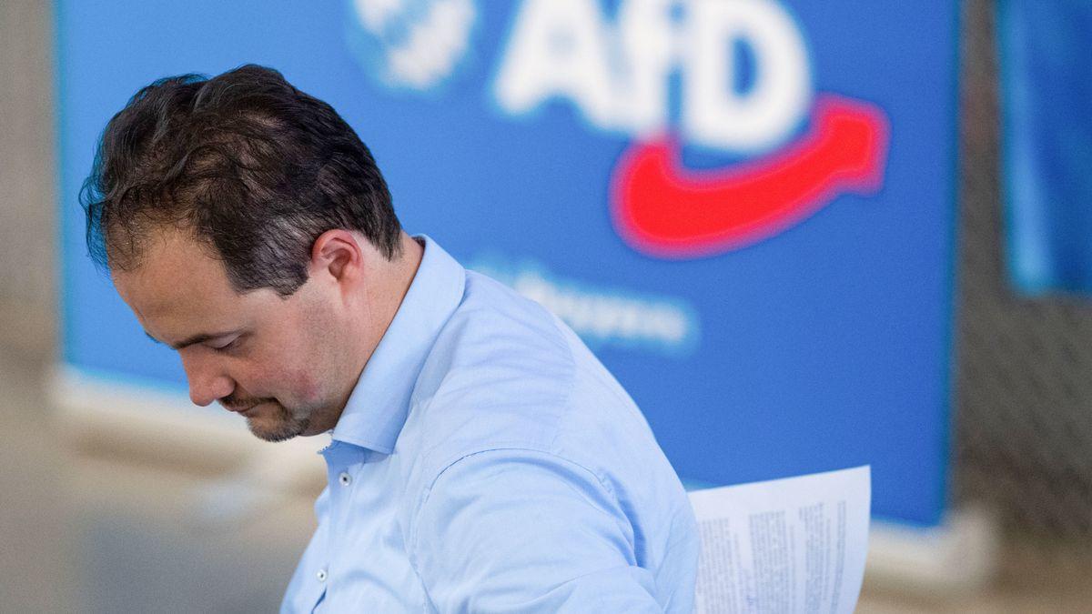 Der bayerische AfD-Vorsitzende Martin Sichert auf dem Parteitag in Greding