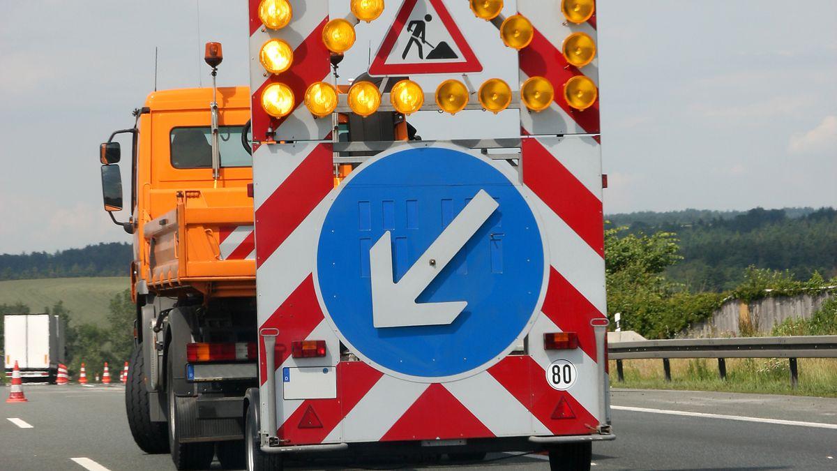 Baustellenfahrzeug (Symbolbild)
