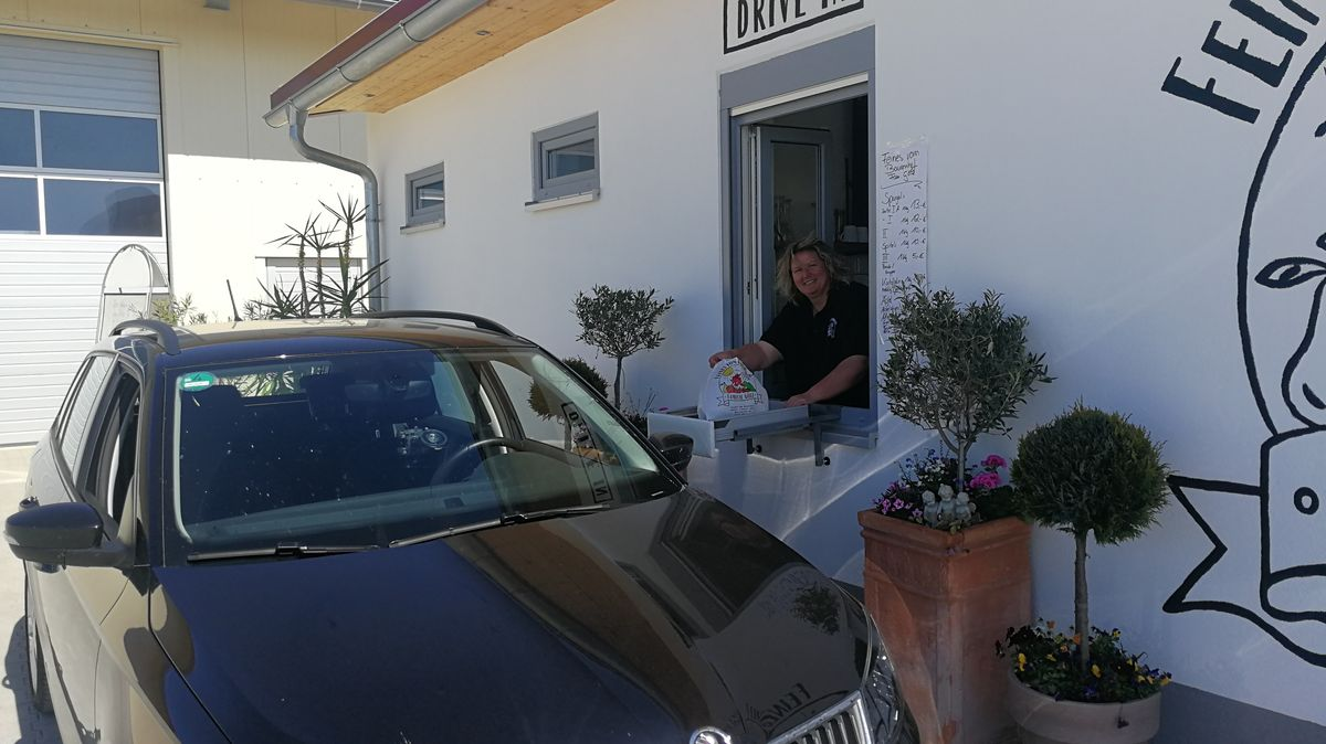 """Spargel Drive In"" in Röthlein"