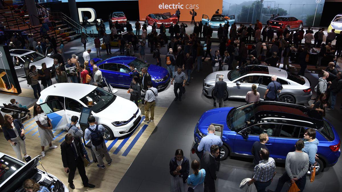 Ein Messestand bei Internationalen Automobil-Ausstellung 2019 in Frankfurt.