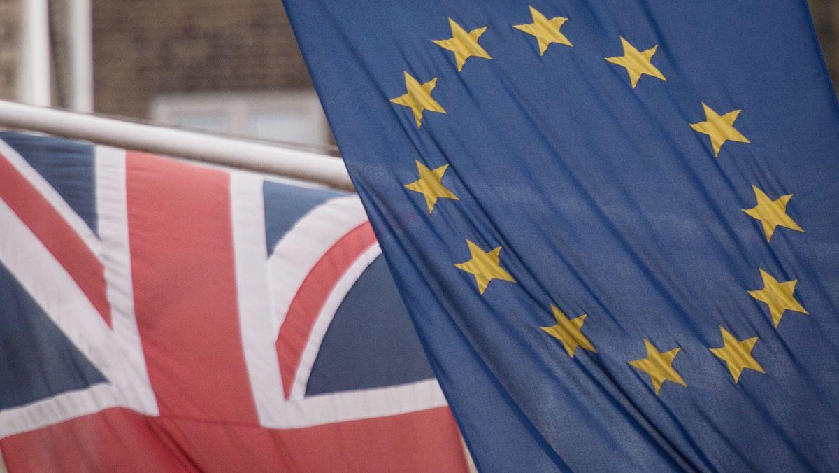 Union Jack mit EU-Fahne