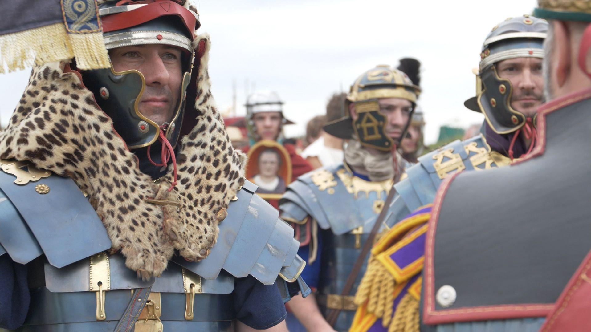 "Originalgetreu in Uniform: Teilnehmer bei ""Salve Abusina"""
