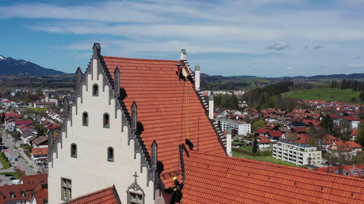 Industriekletterer am Hohen Schloss in Füssen