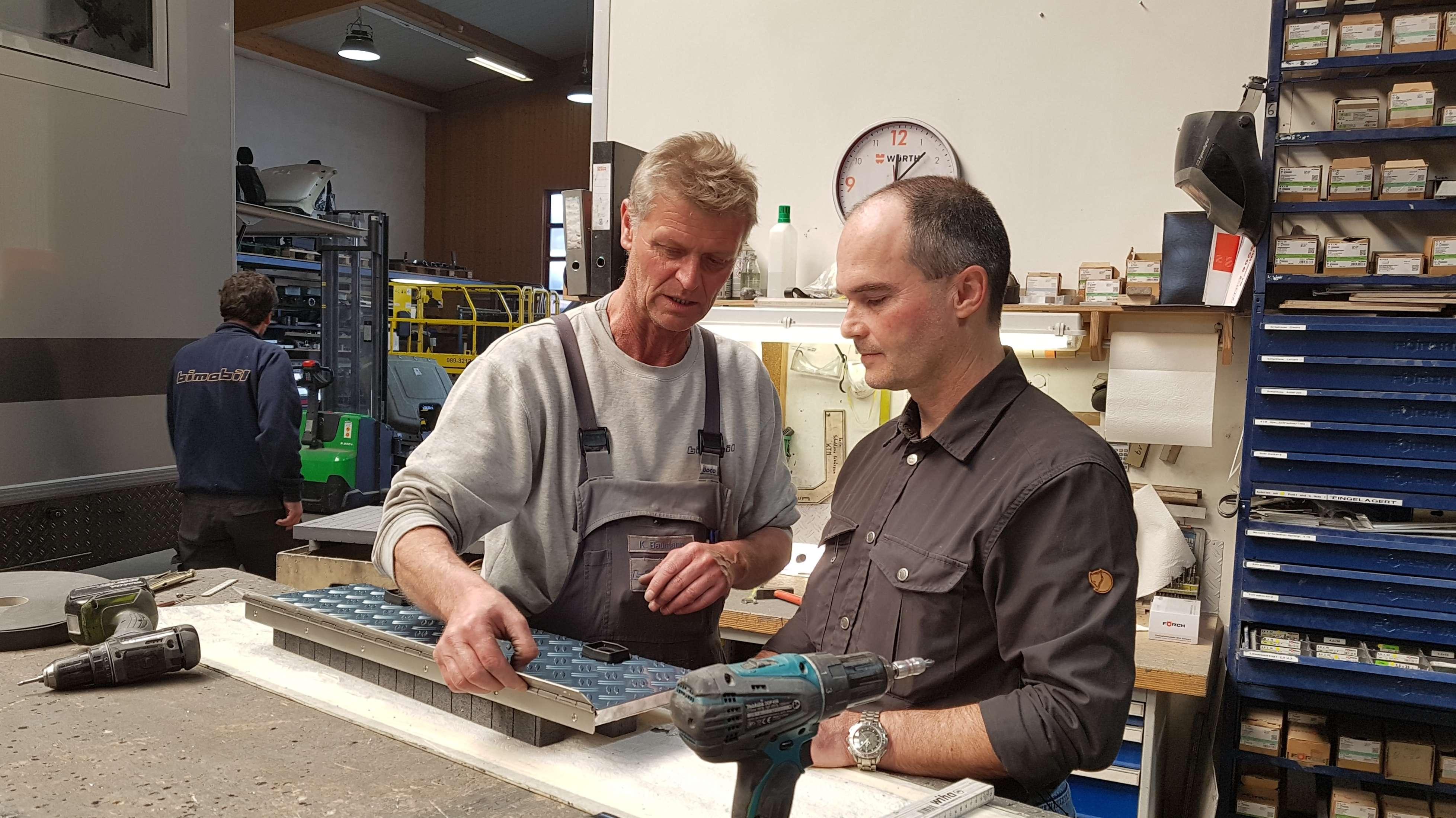 Stefan Christner hat als Werkstattleiter in der Wohnmobil-Firma seiner Tante angefangen. Heute ist er Geschäftsführer.