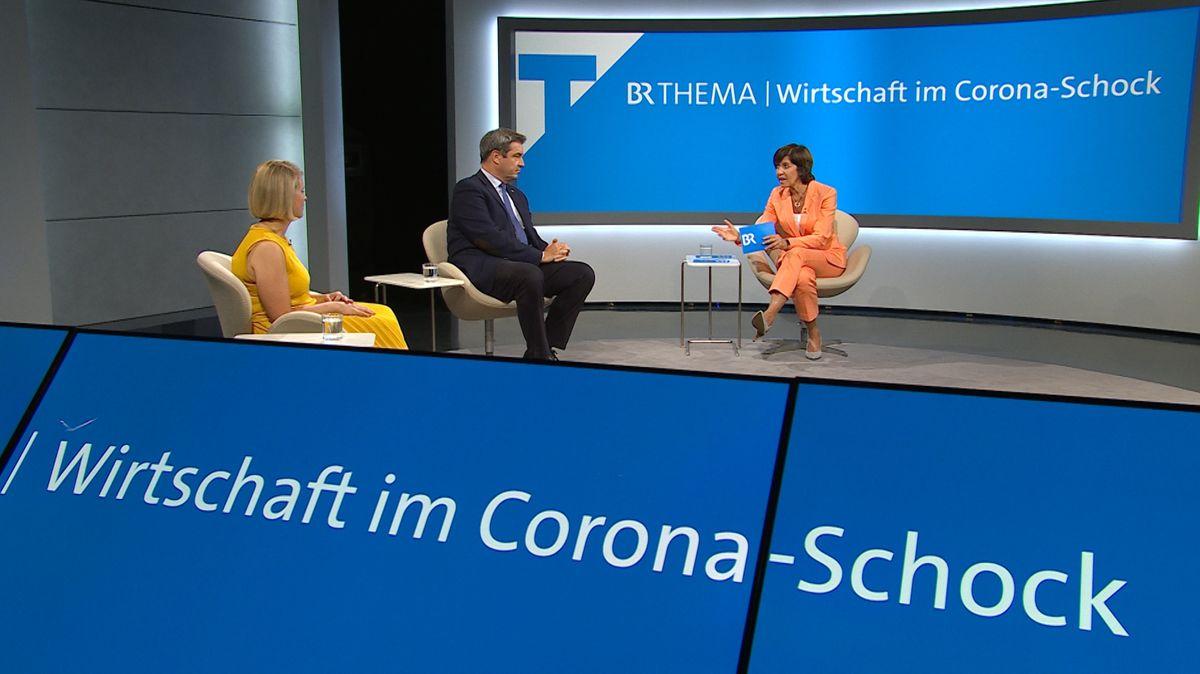 Im Fensehstudio sind zu sehen: Verena Bentele, Vdk, Markus Söder, bayerischer Ministerpräsident, und Moderatorin Ursula Heller