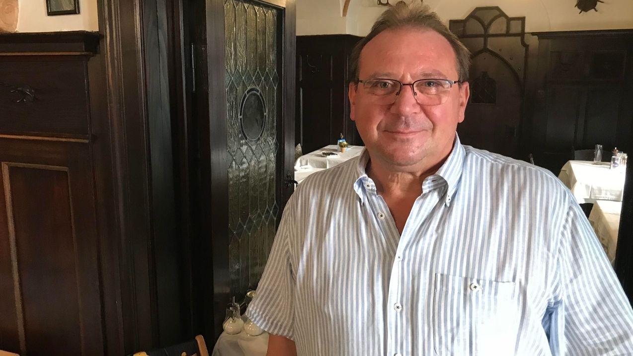 Passauer Gastronom Fritz Mayer, Wirt der Heilig-Geist-Stiftschenke