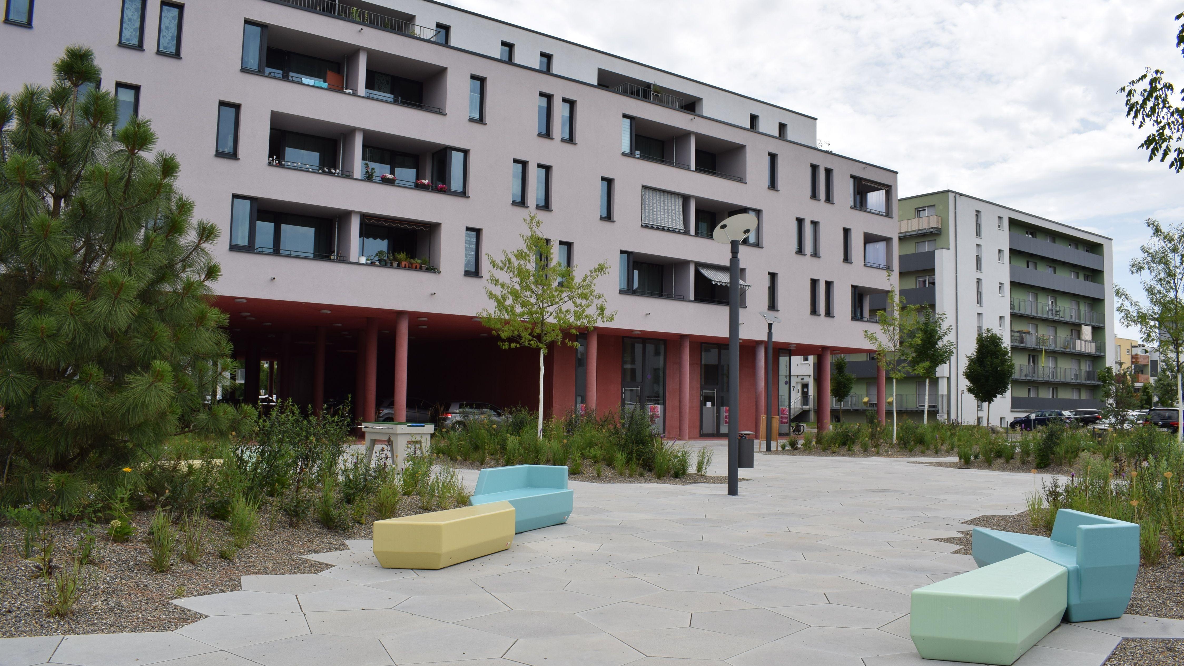 Stadtteilplatz in Wiley-Süd in Neu-Ulm