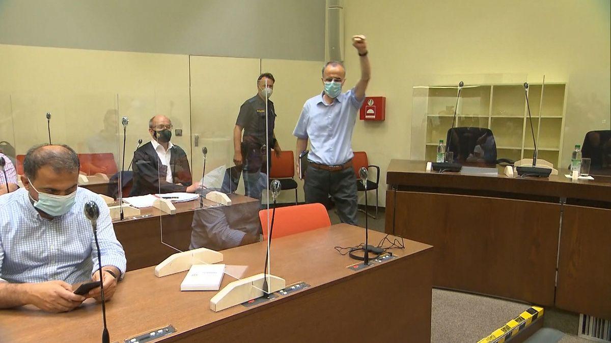 Der Hauptangeklagte im Gerichtssaal
