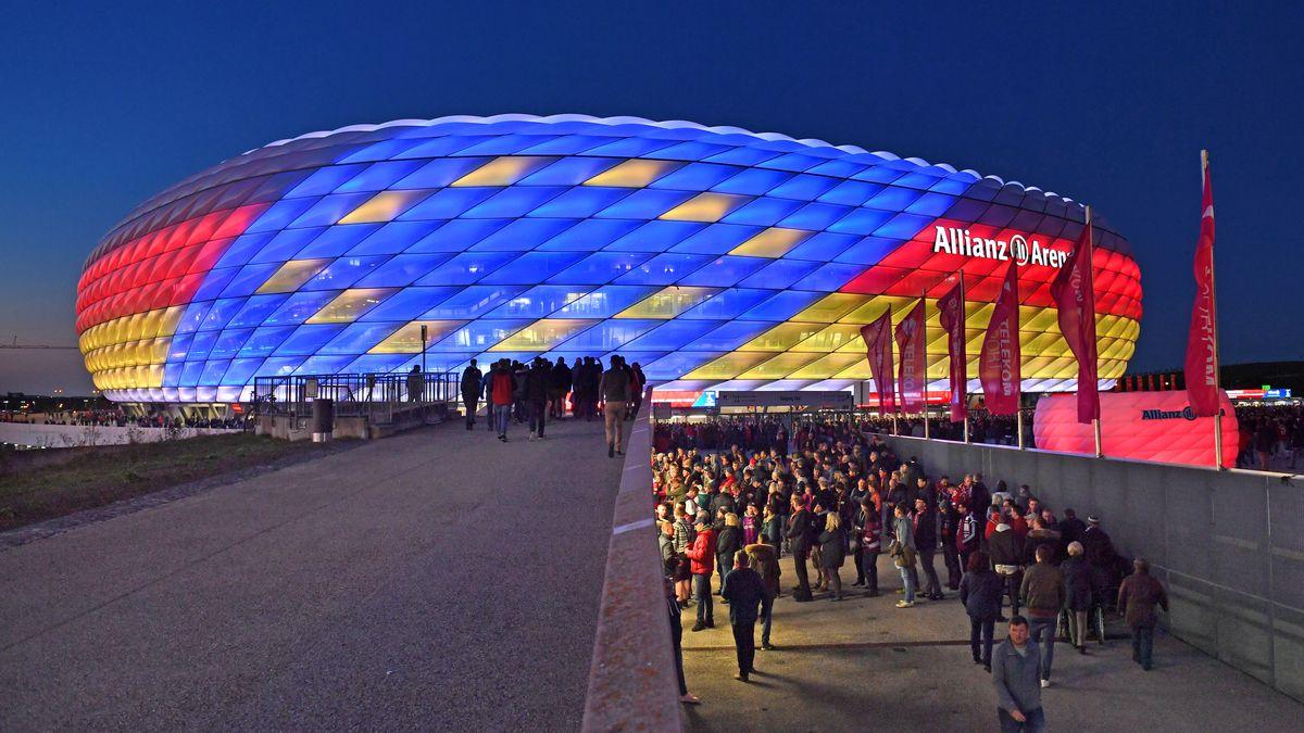 In der Allianz Arena sollen vier Spiele der Fußball-EM 2020 ausgetragen werden. Noch ist unklar, ob es dabei bleibt.