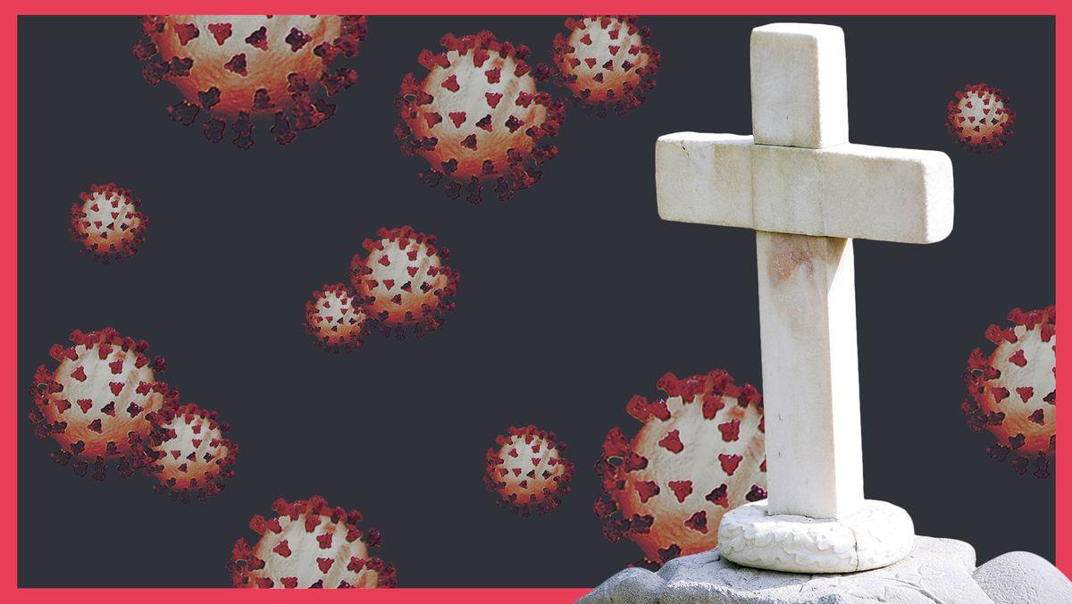 Ein weißes Marmorkreuz steht auf einem flachen Felsen. Dahinter befinden sich mehrere Corona-Viren auf grau-schwarzem Hintergrund.