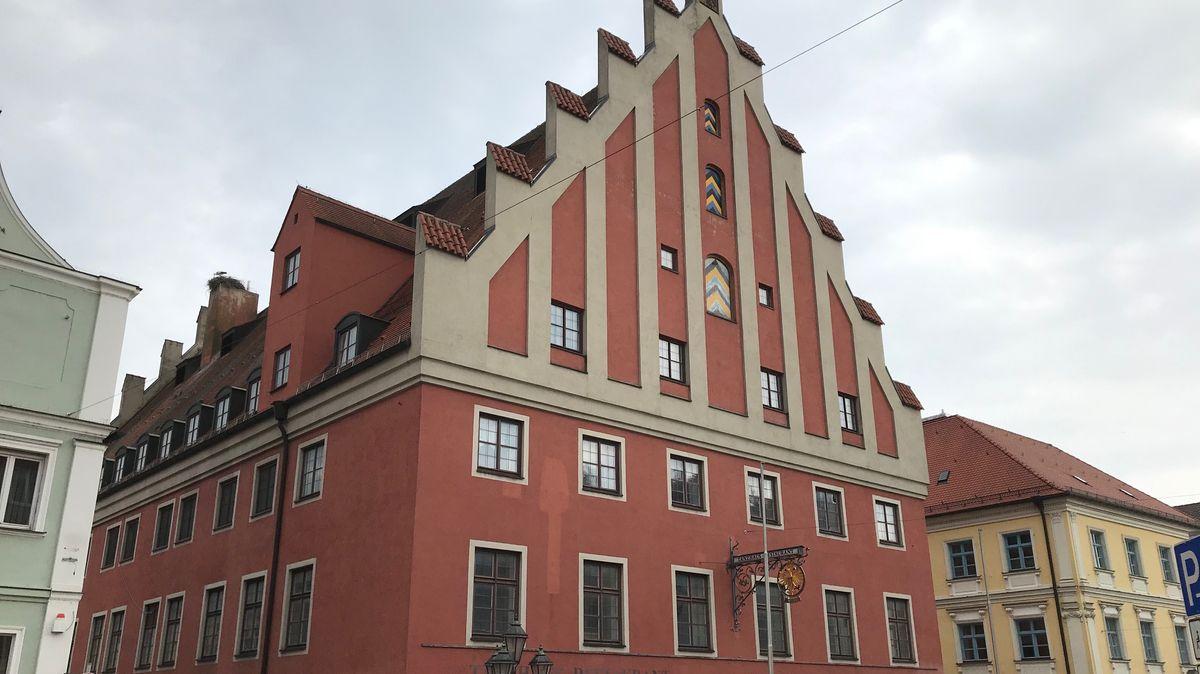 Über die Zukunft des Tanzhauses haben die Wahlberechtigten in Donauwörth entschieden. Das Ergebnis ist kurios.