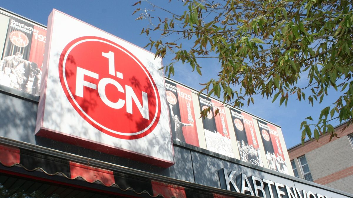 Logo des 1. FC Nürnberg beim Kartenvorverkauf