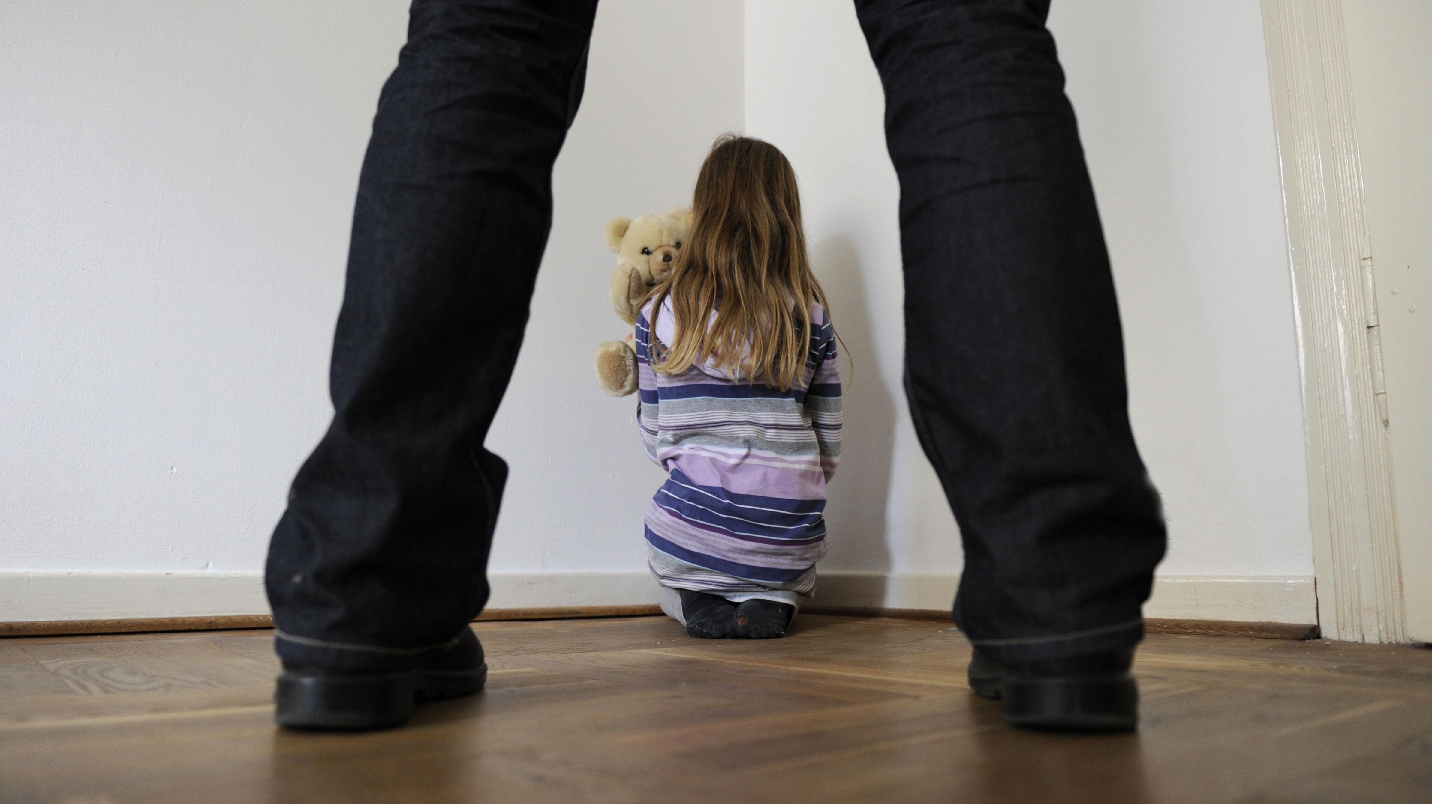 Sexueller Missbrauch von Kindern (Symbolbild)