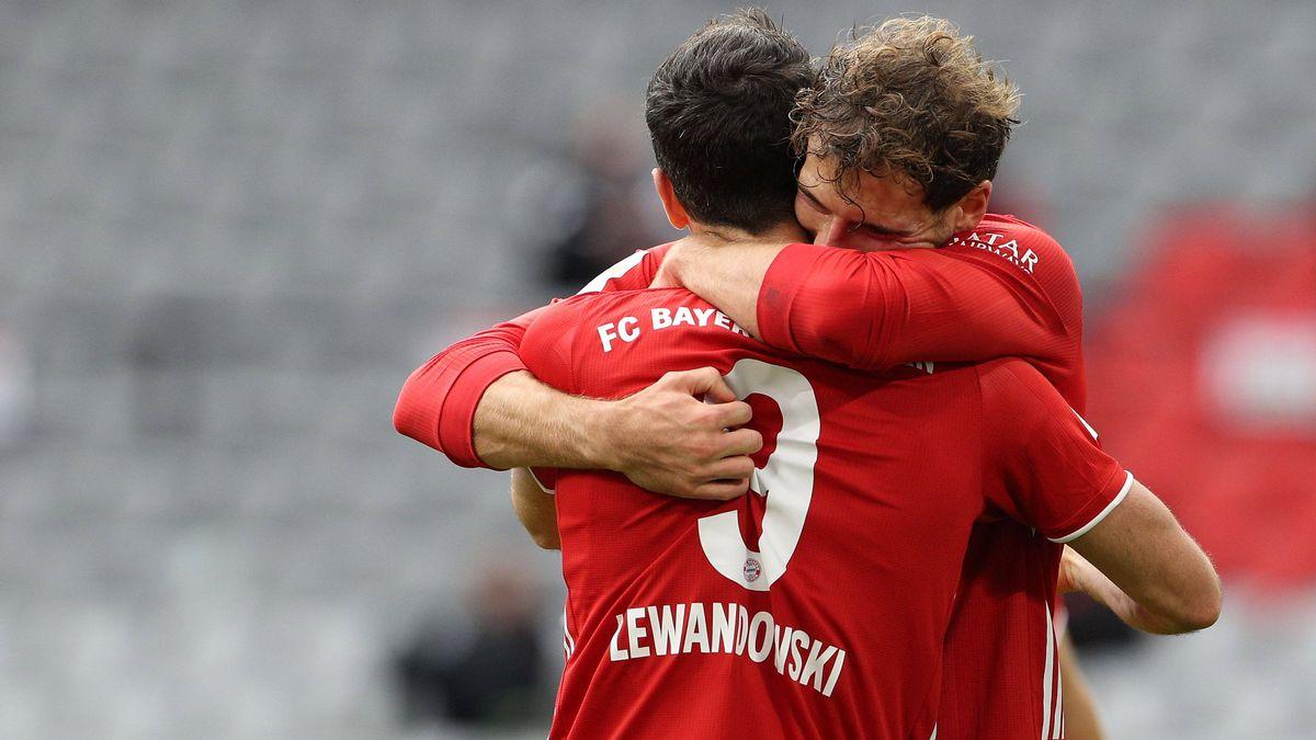 Robert Lewandowski und Leon Goretzka nach einem Bayerntor