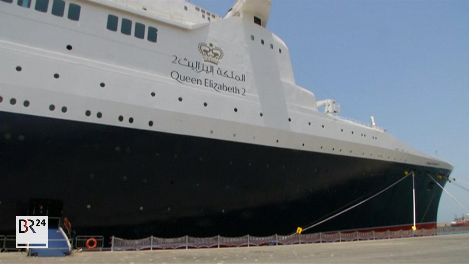 Britischer Luxusliner Qe2 Als Hotelschiff In Dubai Wiedereröffnet