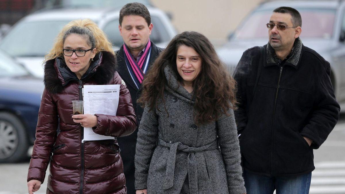 Dessislawa Iwantscheva und Biljana Petrova am 8.1.2019, nachdem das Gericht die Untersuchungshaft in Hausarrest umgewandelt hat.