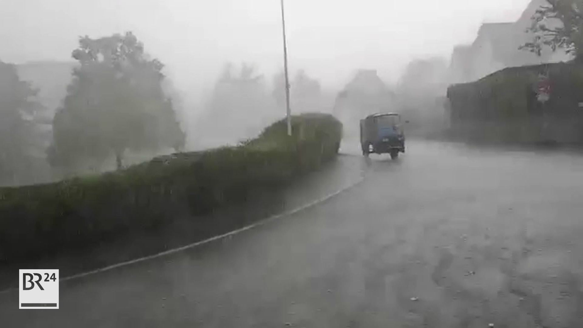 Überflutete Straßen in Coburg