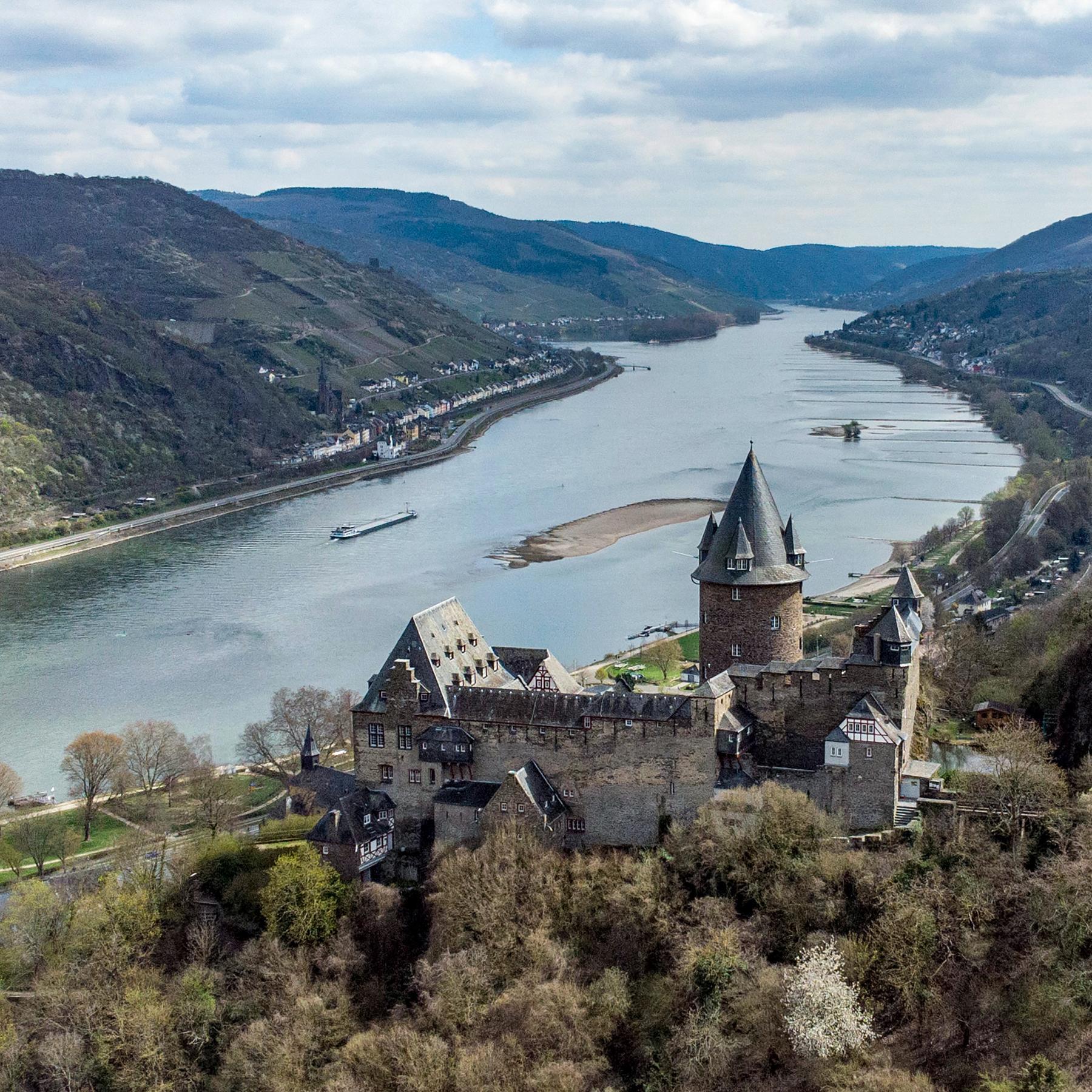 Burgen in neuem Licht - Mehr Protz als Trutz