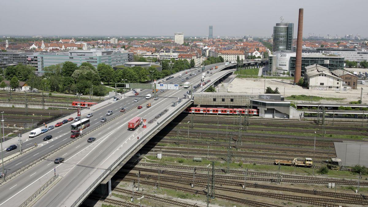 Blick auf die Donnersberger Brücke in München, aufgenommen am 20.05.2005.