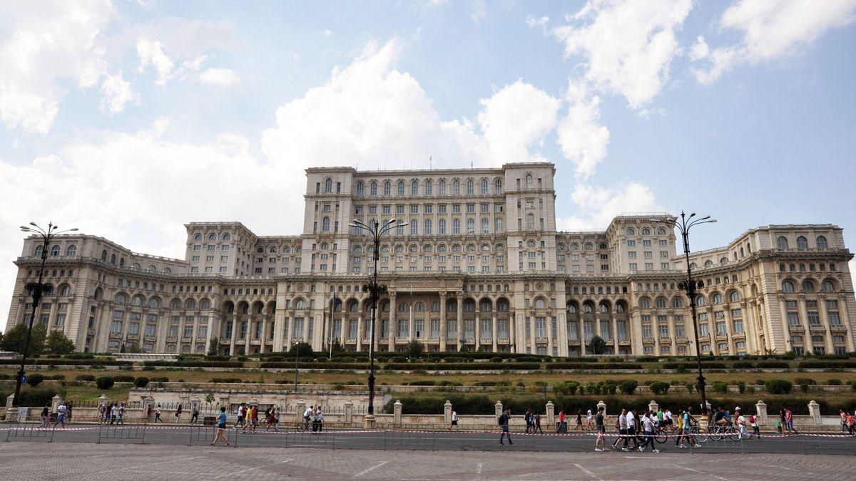 Rumänien - Hauptstadt: Bukarest - Einwohner: 20.121.641 (2011) - Amtssprachen: Rumänisch - Währung: Leu (RON)