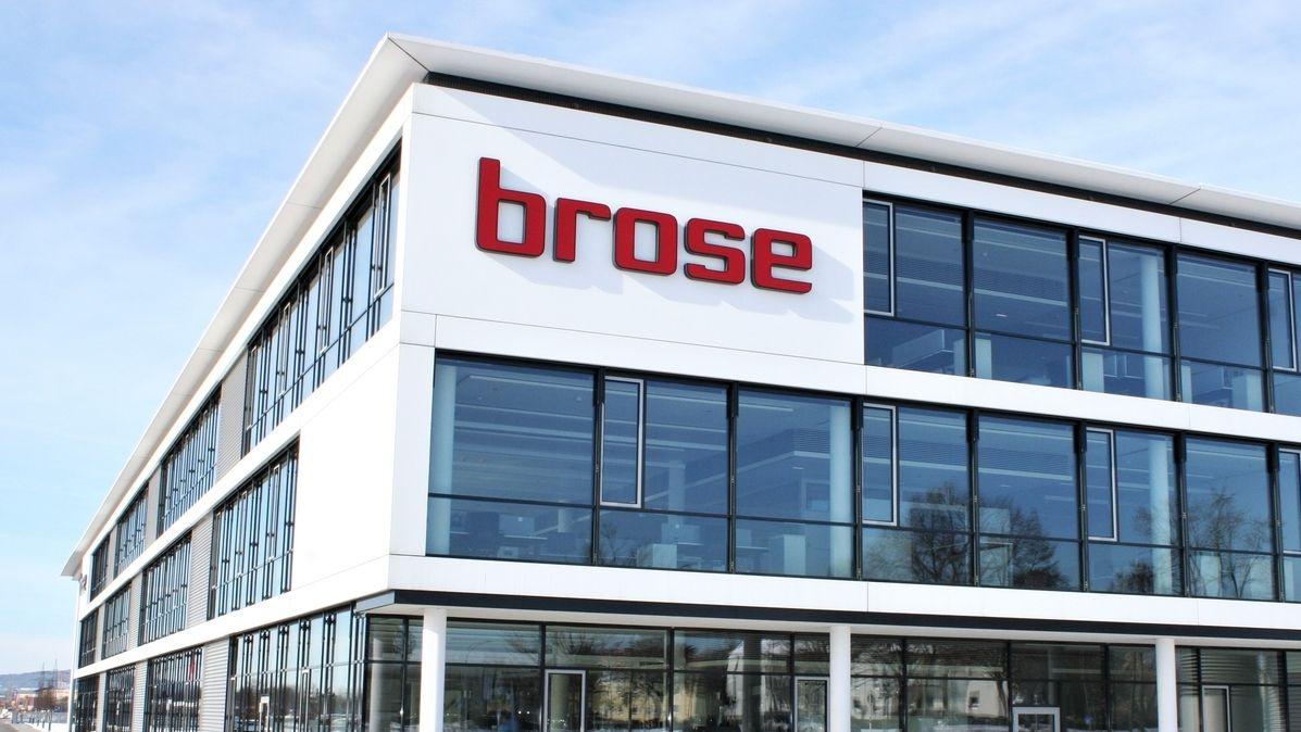 Ansicht des Verwaltungsgebaeudes des fraenkischen Automobilzulieferers Brose Fahrzeugteile SE & Co. KG am Standort Bamberg.