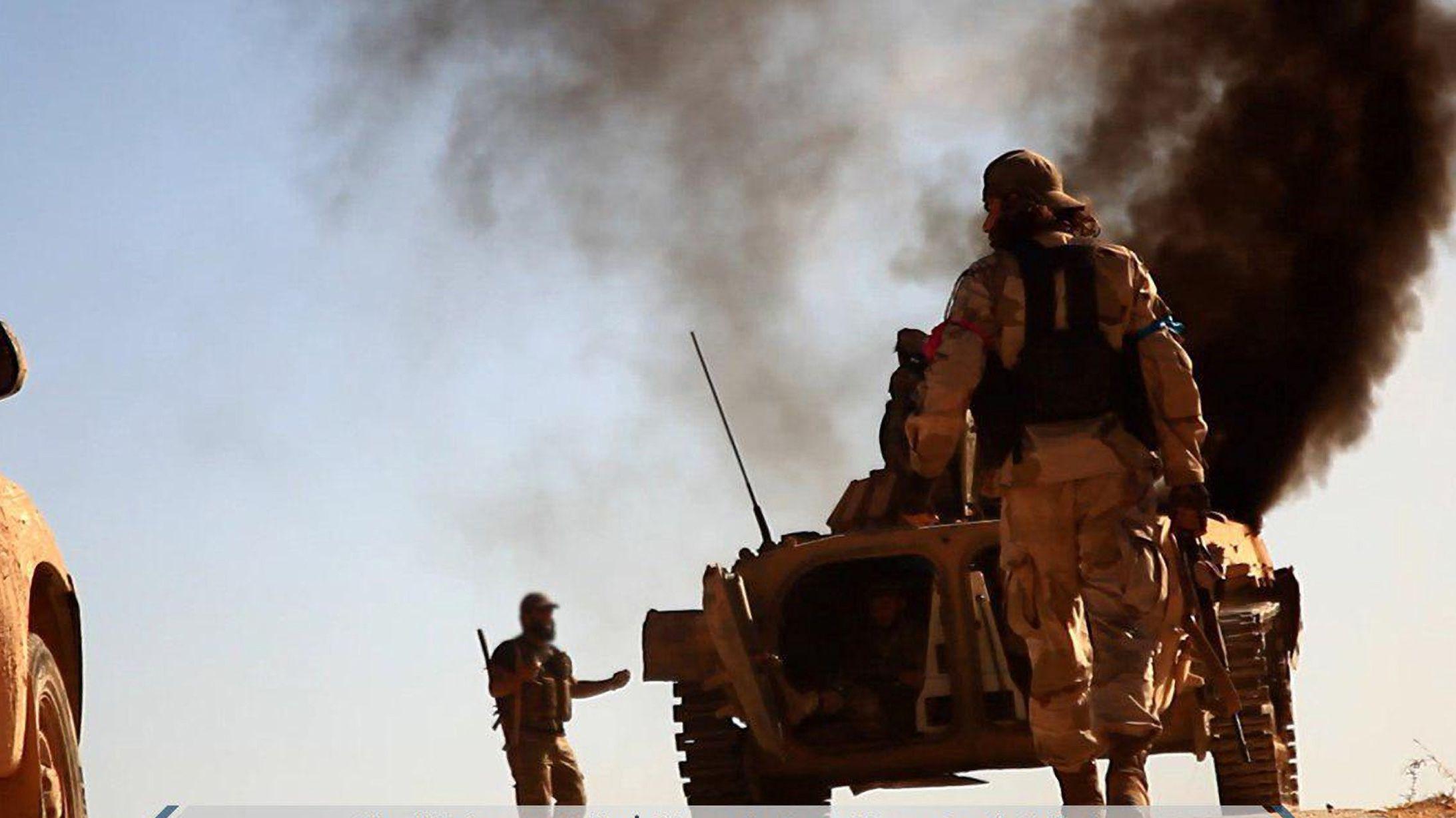 Kämpfer einer Dschiadisten-Gruppe in Syrien (Symbolbild)