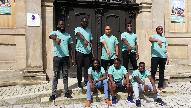 African Vocals vor der Bartholomäuskirche in Pegnitz
