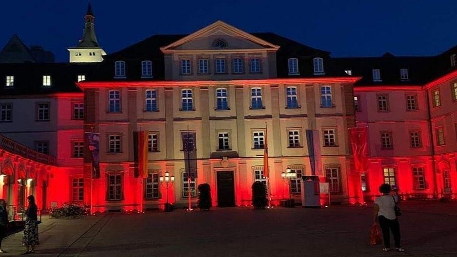 """Aktion """"Night Of Light"""" auch am Würzburger Rathaus"""