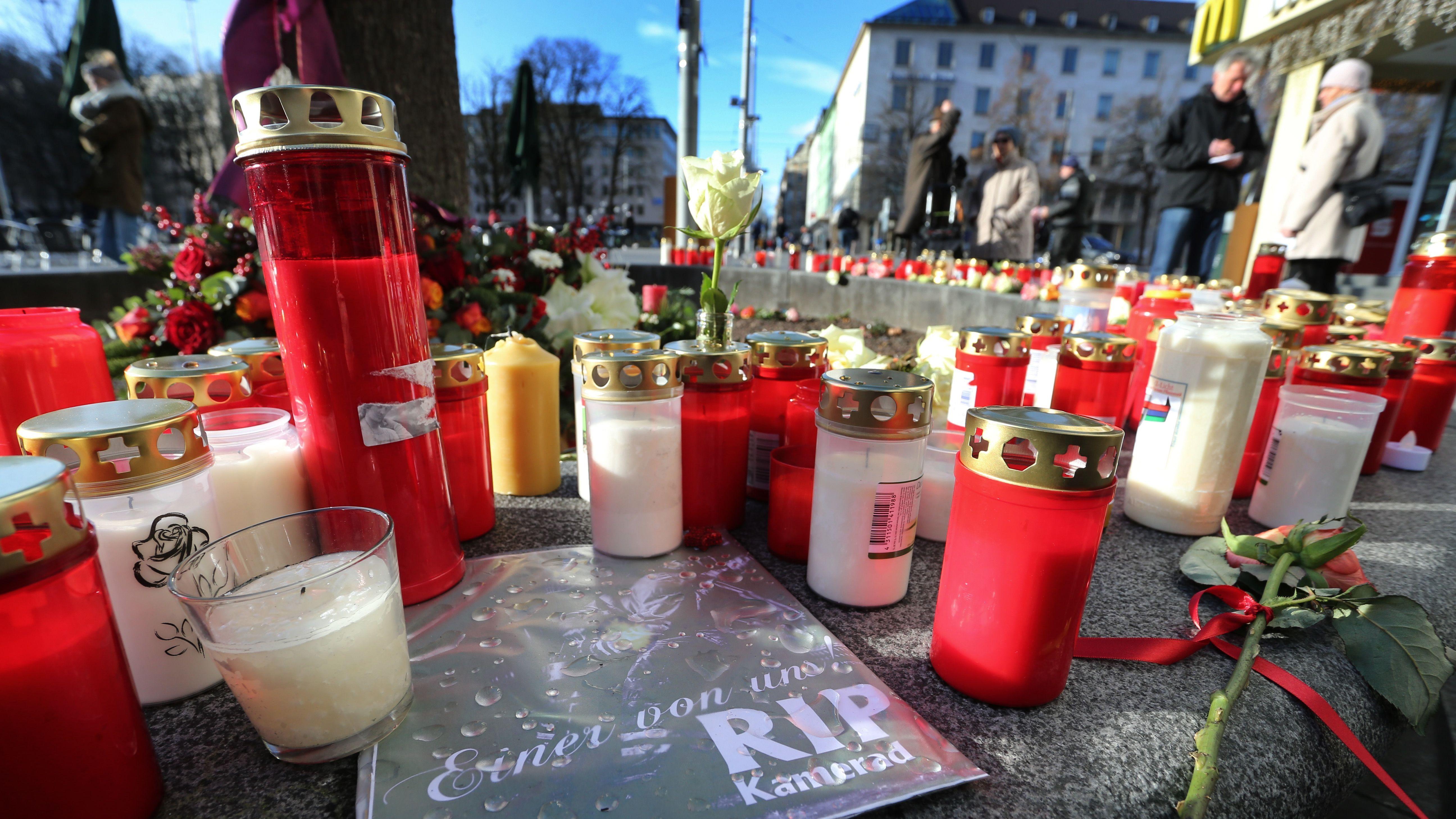 Trauerfeier in Augsburg nach Attacke auf Feuerwehrmann
