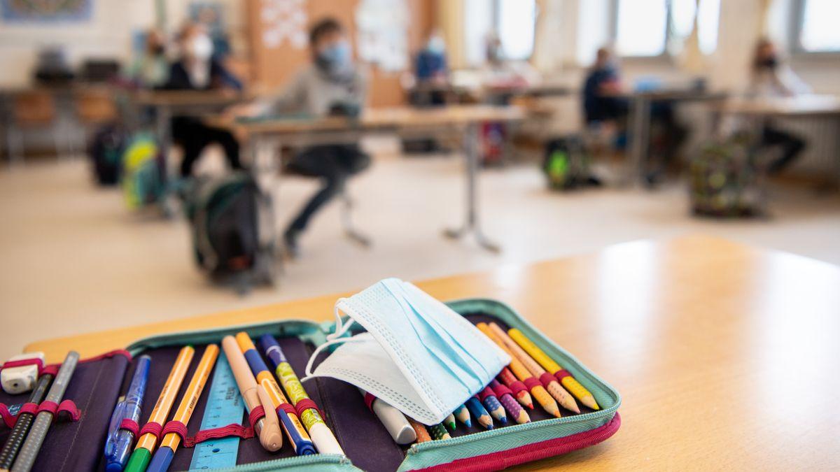 Piazolo stimmt Eltern auf Schulstart mit Corona-Maßnahmen ein