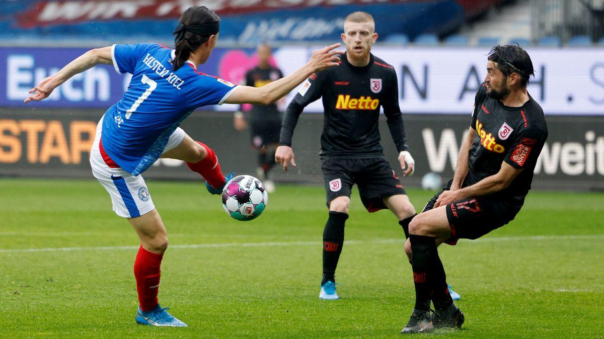 Spielzene Holstein Kiel gegen Jahn Regensburg