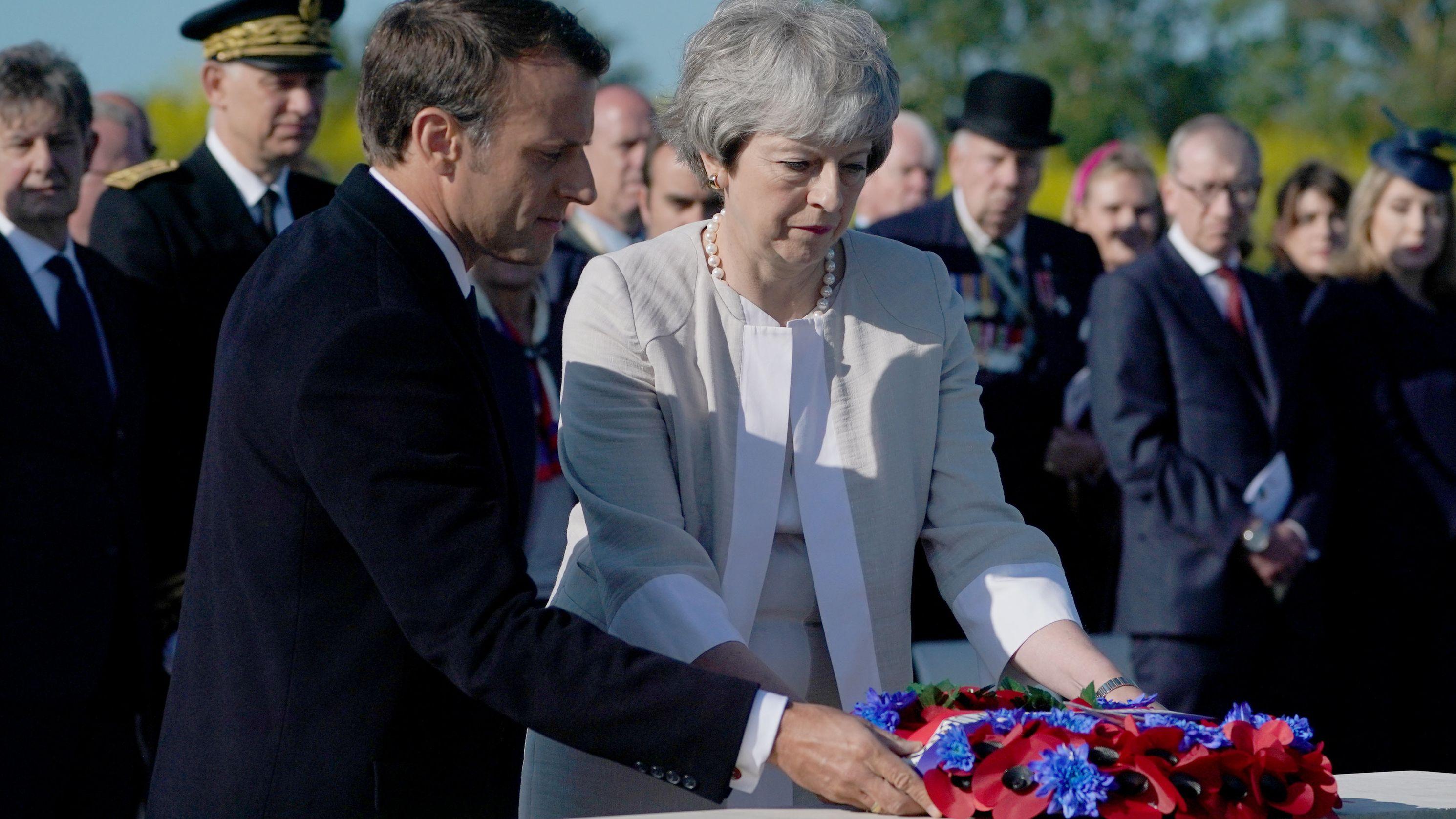 Am 06.06. trafen sich Politiker aus aller Welt, um am 75. Gedenktag des D-Days Kriegsveteranen zu danken.