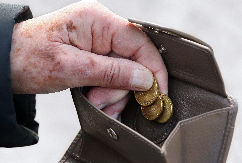 Hände, Geldbeutel, Münzen
