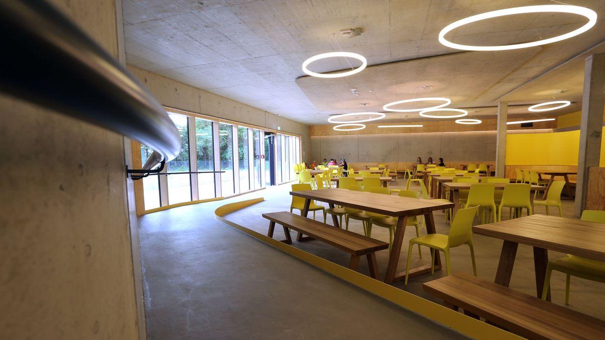 Speisesaal der Jugendherberge Bayreuth