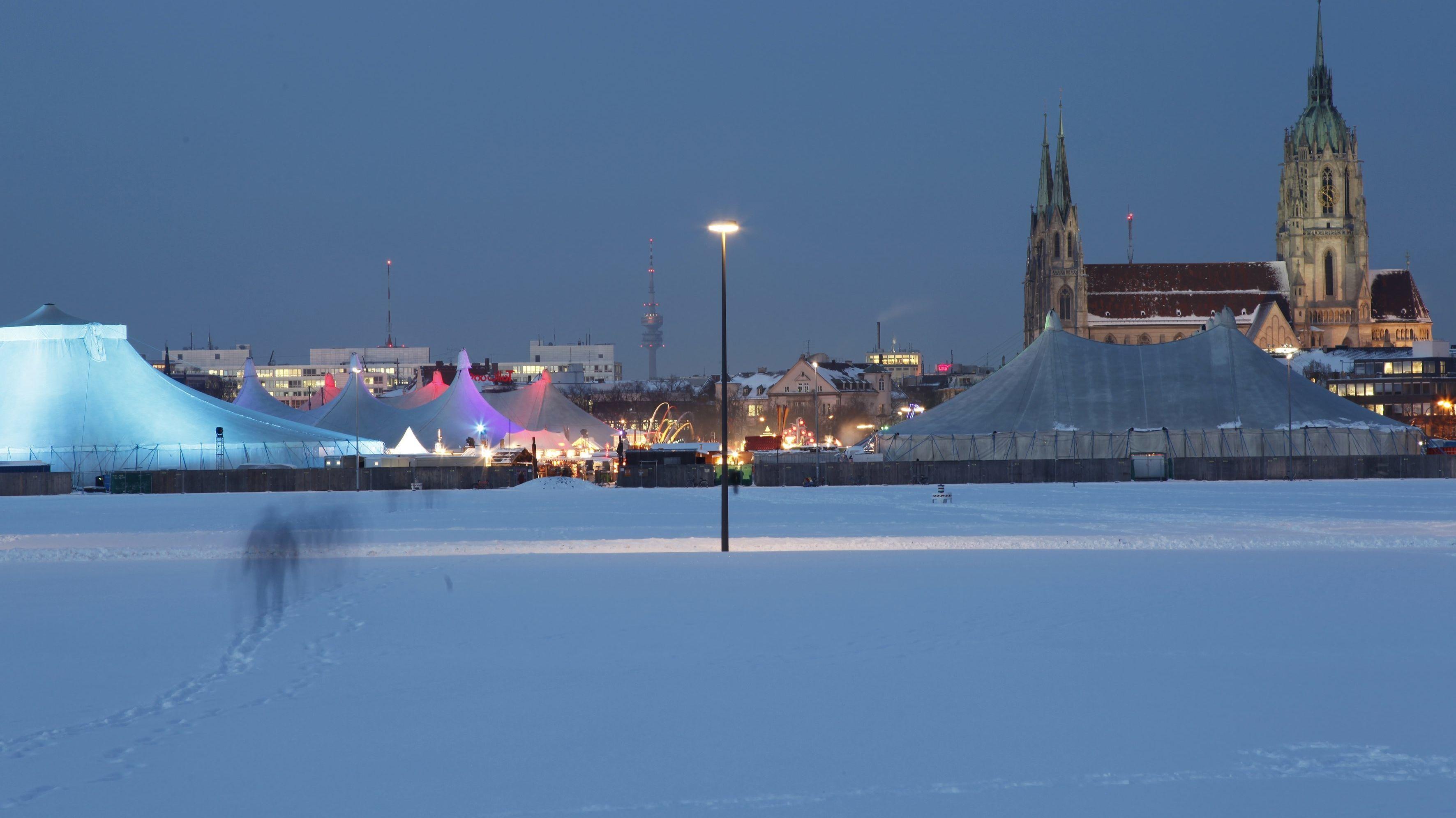 Die Münchner Theresienwiese im Winter