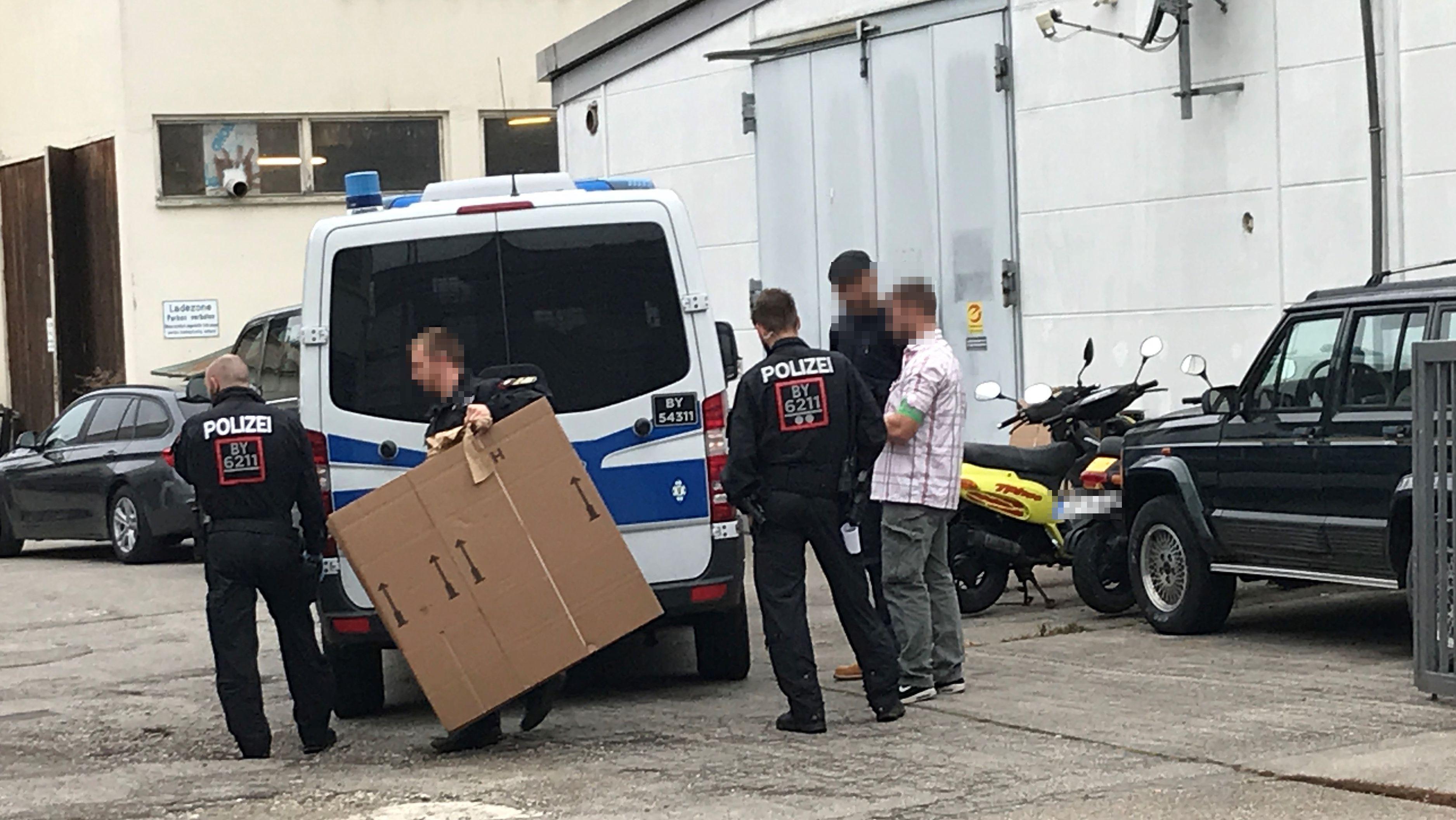 Razzia bei Pflegedienst in Augsburg