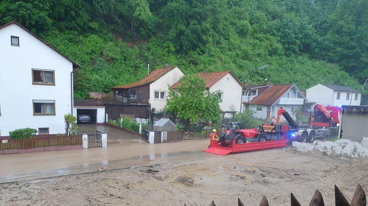 Eine überflutete Straße