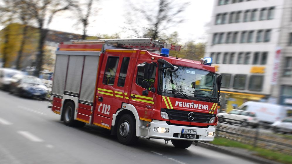Feuerwehrauto in München (Symbolbild). | Bild:pa/dpa/Frank Hörmann/Sven Simon