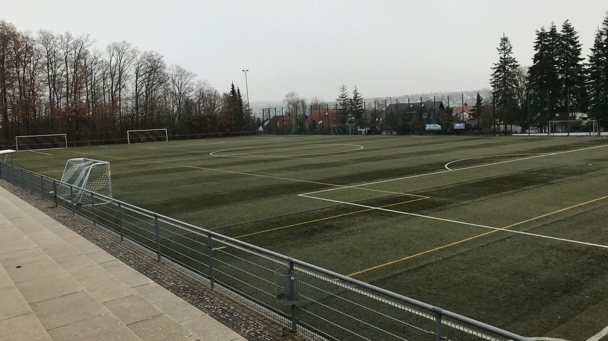 Illegales Fußballspiel von Jugendlichen in Höchberg