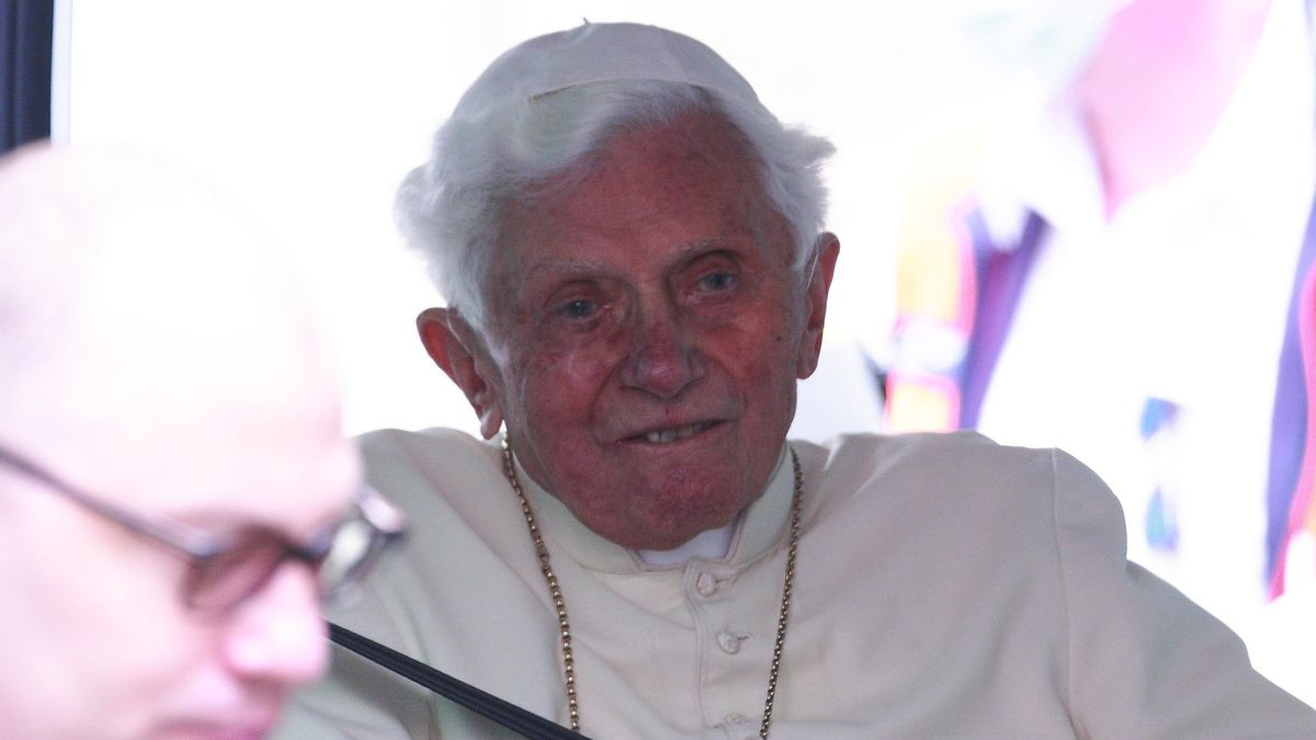 Der ehemalige Papst Benedikt XVI. bei seinem Besuch im Juni in Regensburg.